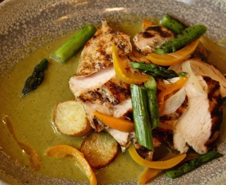 Chicken in Spring Green Mole